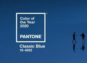 Classic Blue kolorem 2020 roku!
